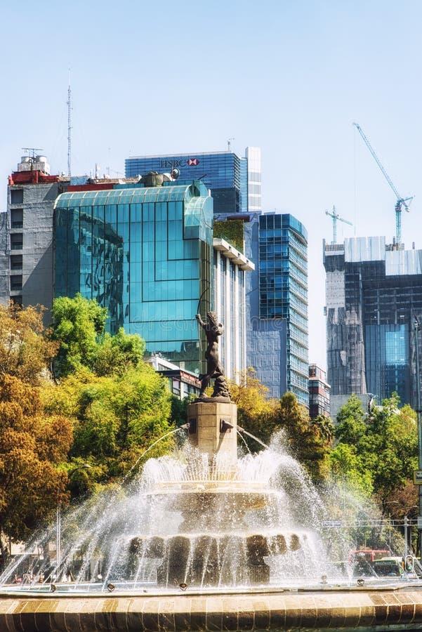 Diana fontanny rondo na Paseo De Los Angeles Reforma w Meksyk zdjęcia royalty free