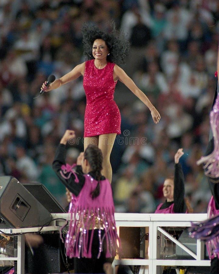 Diana Ross que executa em SBXXX imagens de stock