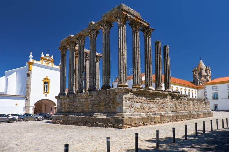 diana tempel Evora portugal royaltyfri bild