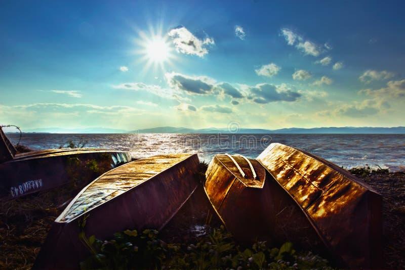 Dianchi sjö & fartyg fotografering för bildbyråer