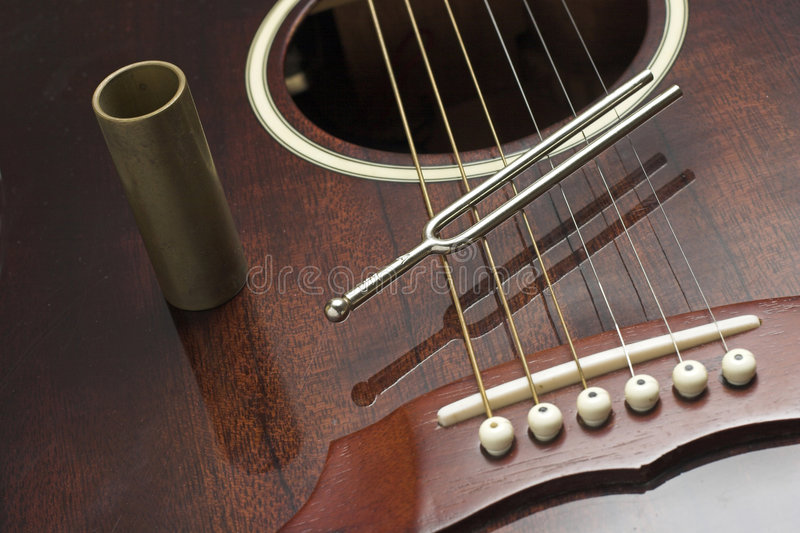 Diapason and guitar