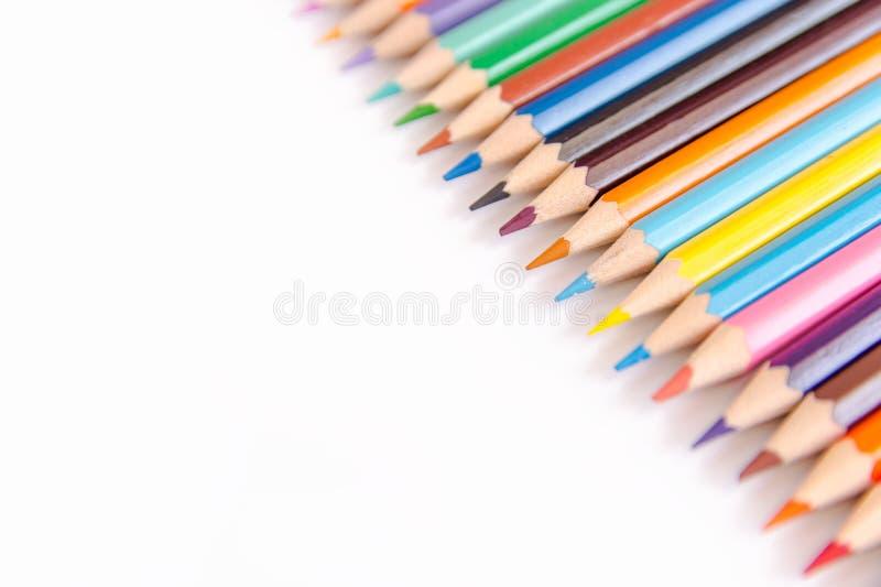 Dibujaron a lápiz el sistema colorido, lápices coloreados de madera aislados en b blanco foto de archivo libre de regalías