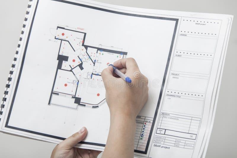 Dibujo del nuevo apartamento imagenes de archivo