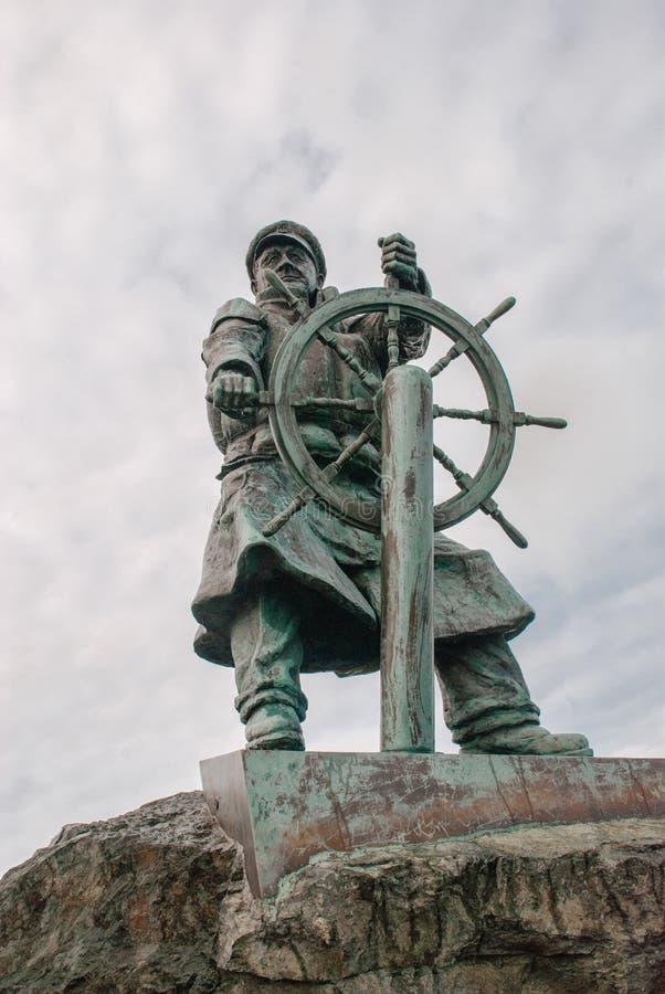 Dic Evans Statue, Moelfre, Anglesey lizenzfreie stockbilder