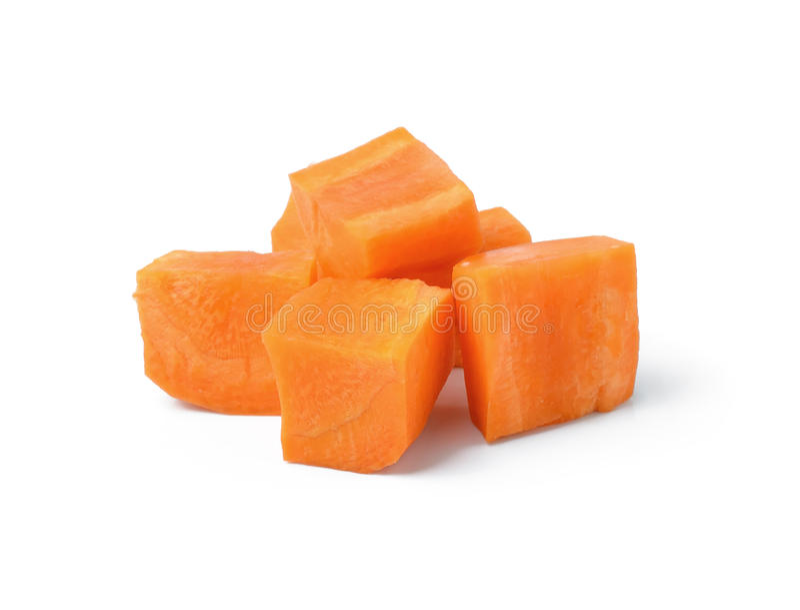 Diced marchewki na bielu obraz stock