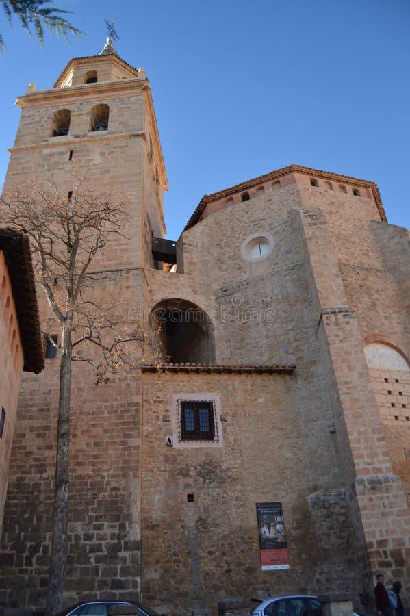 28 dicembre 2013 Albarracin, Teruel, l'Aragona, Spagna EL Salvador De Albarracin della cattedrale Storia, viaggio, natura, paesag immagini stock libere da diritti