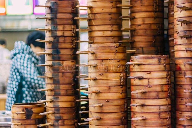 22, dicembre 2015, Chong che qing, colonna dei canestri del vapore di Dim Sum, a fotografia stock