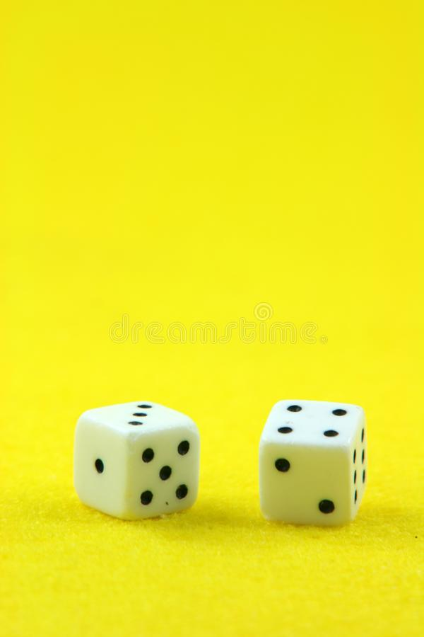 Dices in yellow vertical