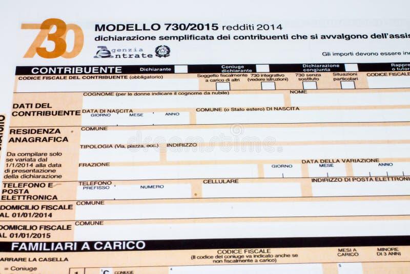 Dichiarazione dei redditi italiana chiamata 730 fotografie stock libere da diritti