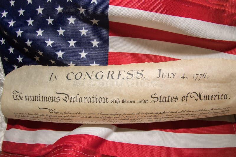 Dichiarazione di indipendenza 4 luglio 1776 sulla bandiera degli S.U.A. fotografie stock libere da diritti
