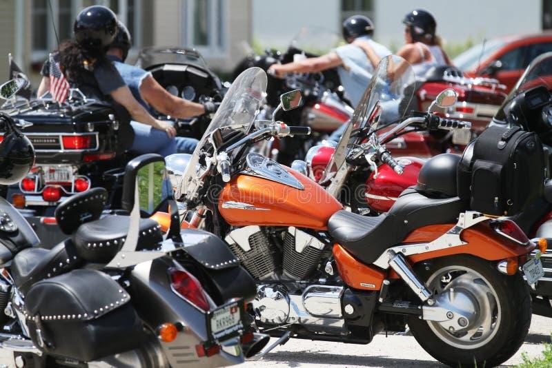 Dichte groep motorfietsen royalty-vrije stock foto's