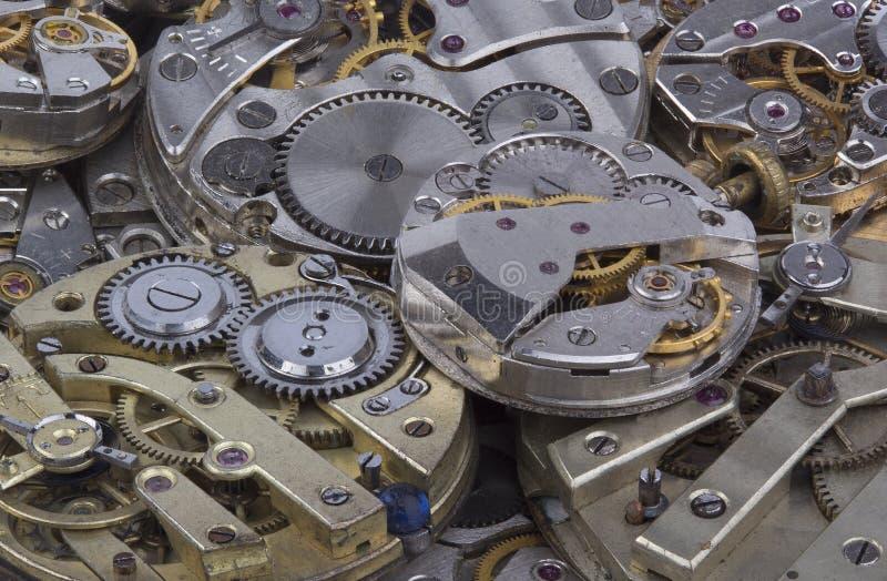 Dichte mening van oud horlogesmechanisme stock foto