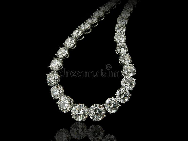 Dichte omhooggaand van de diamantenhalsband royalty-vrije stock fotografie