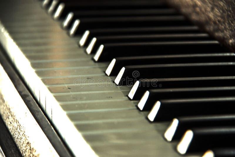 Dichte omhooggaand van het Pianofortetoetsenbord stock afbeelding