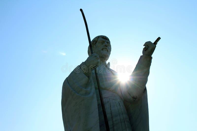 Dichter aan het openbare standbeeld van Francis Xavier in Yamaguchi, Japa royalty-vrije stock foto