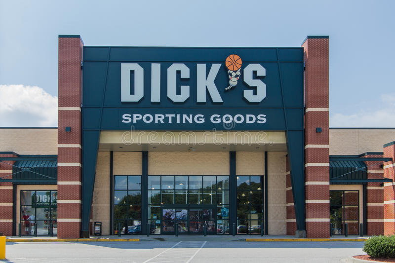 Dicks Sport- Waren-Schaufenster stockbilder