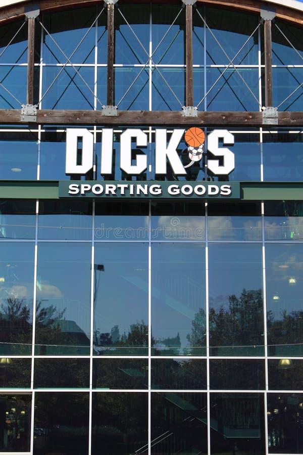 Dicks-sportliche Waren-Speicher lizenzfreie stockfotografie