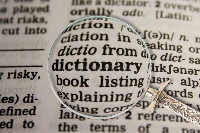 Dictionnaire en dictionnaire images stock