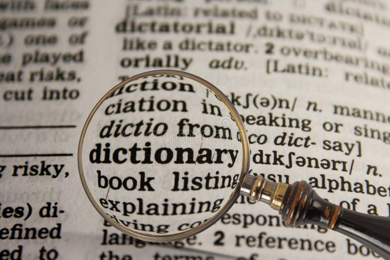 Dictionnaire en dictionnaire photographie stock