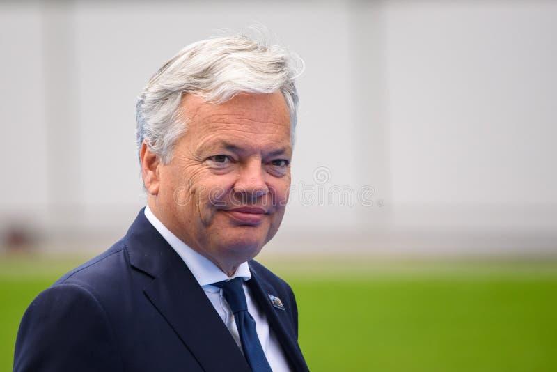 Didier Reynders, durante i leader mondiali che arrivano alla SOMMITÀ 2018 di organizzazione del trattato del nord Atlantico di NA fotografie stock