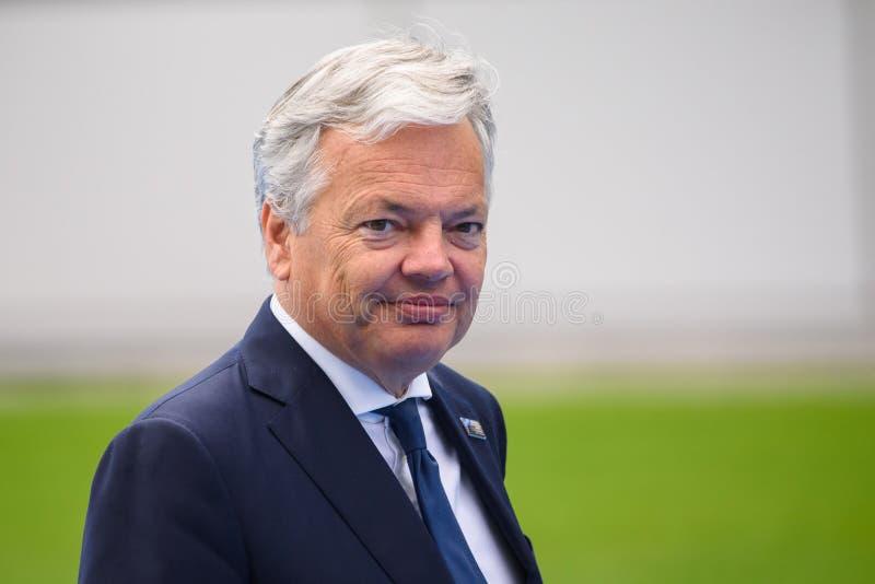 Didier Reynders, durante i leader mondiali che arrivano alla SOMMITÀ 2018 di organizzazione del trattato del nord Atlantico di NA immagine stock