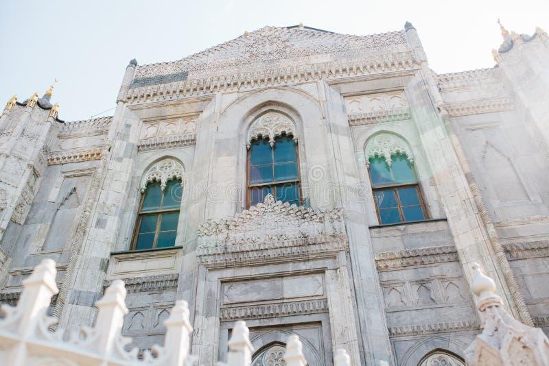 Die äußere Seite der Moschee Sehzade Camii Eine berühmte moslemische Moschee im Fatih-Bezirk im europäischen Teil von lizenzfreie stockfotos