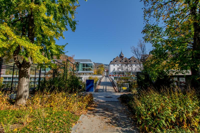 Die alte Stadt von Waidhofen ein der Ybbs im Herbst, Mostviertel, Niederösterreich, Österreich lizenzfreie stockfotos