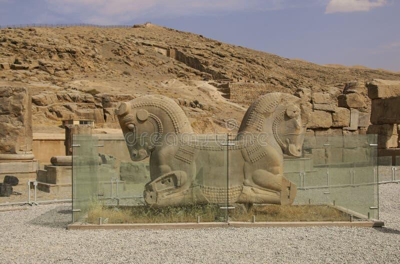 Die alten Ruinen des Persepolis-Komplexes, berühmte zeremonielle Hauptstadt von altem Persien, der Iran lizenzfreie stockbilder