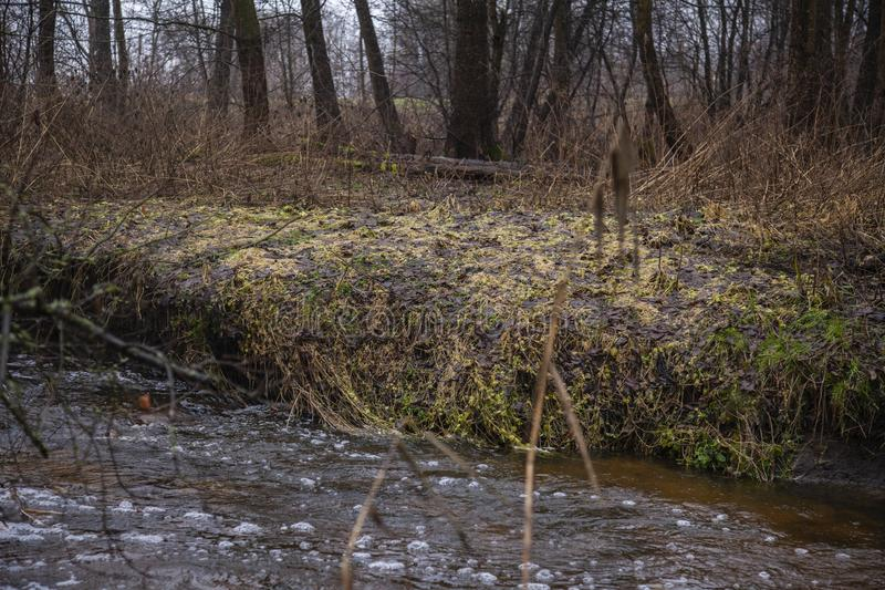 Die andere Seite des Flusses lizenzfreies stockbild