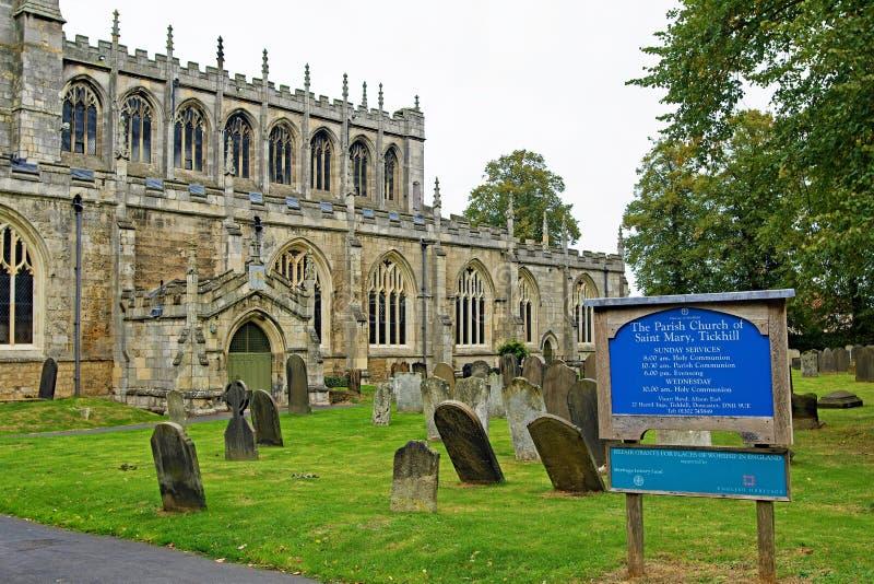 Die Annäherung an St- Mary` s Kirche 3, Tickhill, Doncaster, South Yorkshire lizenzfreie stockbilder