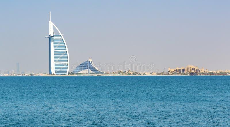 Die Ansicht über Hotel Burj Al Arab stockbild