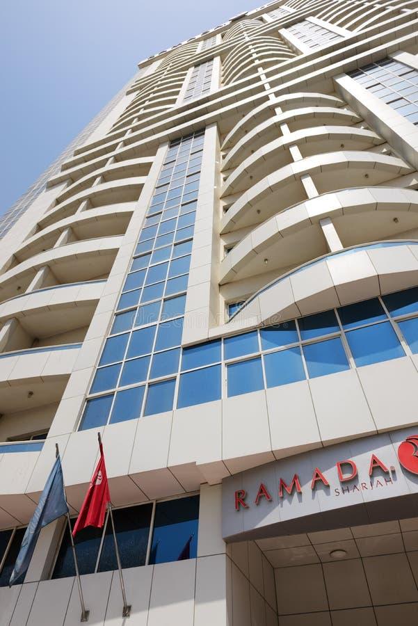 Die Ansicht über Hotel Ramada Scharjah stockfotos