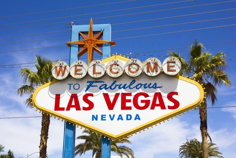 Die Ansicht des Willkommens zu fabelhaftem Las Vegas-Zeichen stockbilder