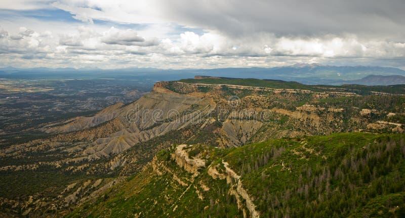 Die Ansicht vom Ausblick-Punkt bei Mesa Verde National Park. lizenzfreies stockbild