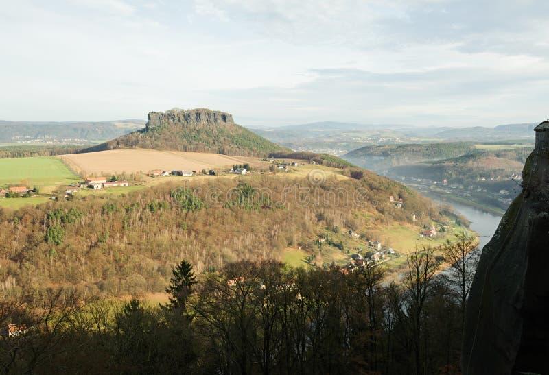 Die Ansicht vom Fort stockbild