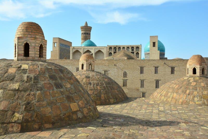 Die Ansicht von Bukhara vom Dach stockfotos