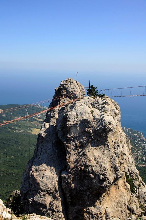 Die Ansicht von extremen Brücken von Ay Petri lizenzfreie stockbilder