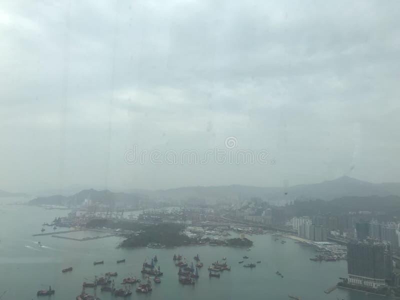 Die Ansicht von Kwai Tsing Container Terminal lizenzfreie stockfotos