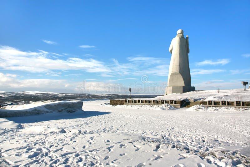 Die Ansicht von Murmansk-Stadt, Russland von Alyosha-Monument lizenzfreie stockfotografie