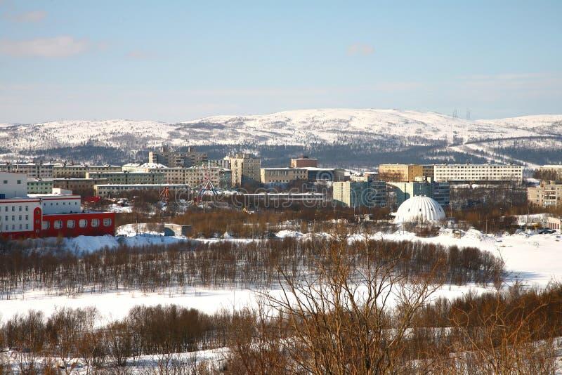 Die Ansicht von Murmansk-Stadt, Russland von Alyosha-Monument stockfotografie