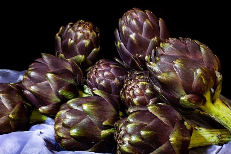 Die Archoke ist eine Pflanze der Asteraceae-Familie, die in Italien und anderen Ländern für Nahrungsmittel und, zweitens, medizin lizenzfreie stockbilder