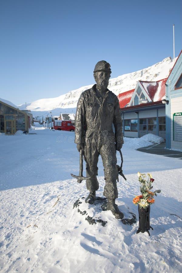 Die arktische Stadt von Longyearbyen - Spitsbergen stockfotos