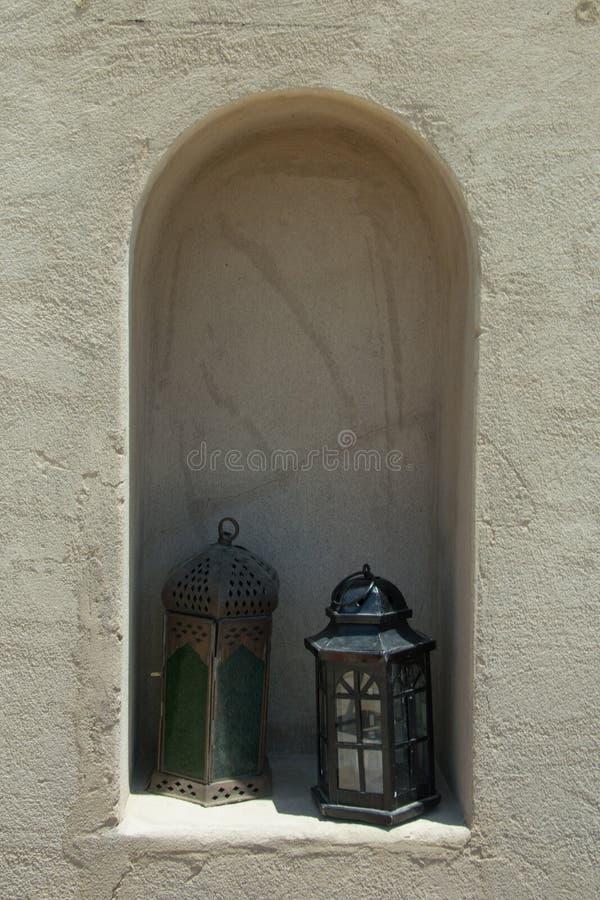 Die Art mit zwei Arabern verzierte Feuerzeuge stockfotografie