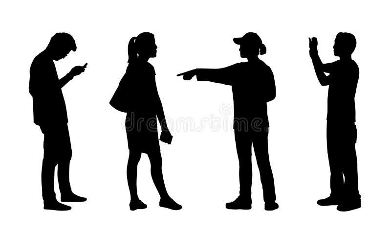 Die asiatischen Leute, die Schattenbilder im Freien stehen, stellten 5 ein stock abbildung