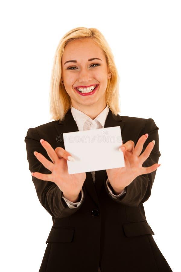 Die attraktive Geschäftsfrau, die leere weiße Fahne hilding ist, lokalisierte ov lizenzfreie stockfotografie