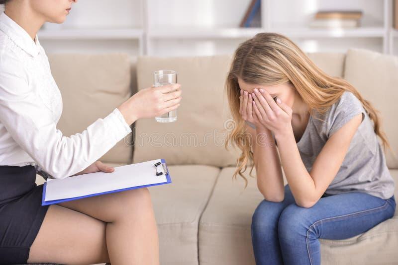 Die Aufnahme am Psychologen stockbilder