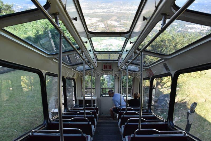 Die Ausblick-Gebirgsneigungs-Eisenbahn in Chattanooga, Tennessee lizenzfreie stockfotos