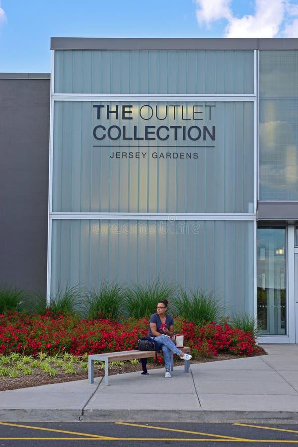 Die Ausgang-Sammlung an Jersey-Gärten lizenzfreies stockbild