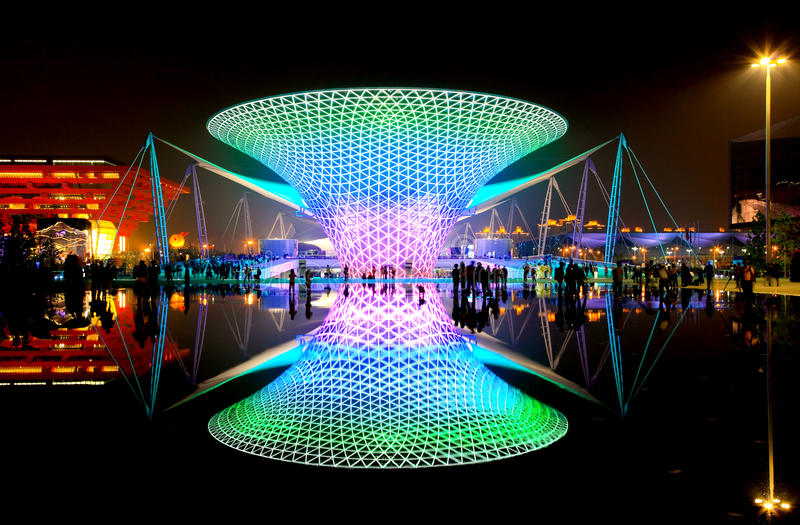 Die Ausstellungs-Prachtstraße an der Weltausstellung in Shanghai stockfotografie