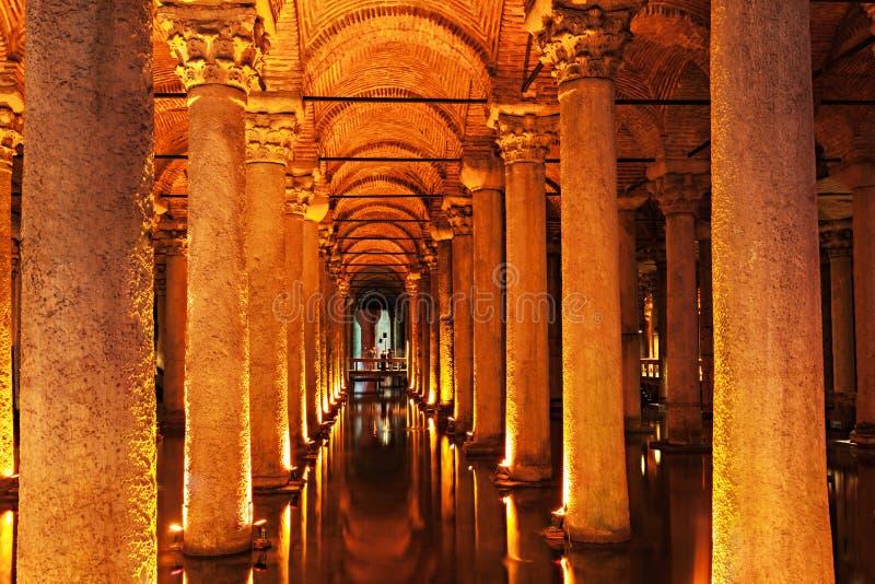 Die Basilika-Zisterne stockbild